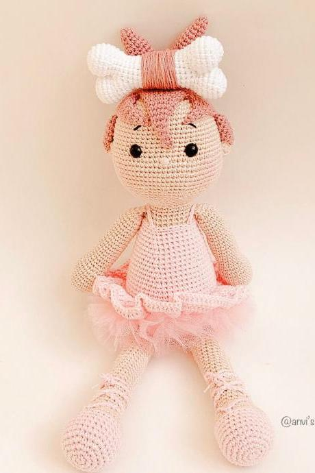 PATTERN #P02 Bella The ballerina amigurumi doll (English)